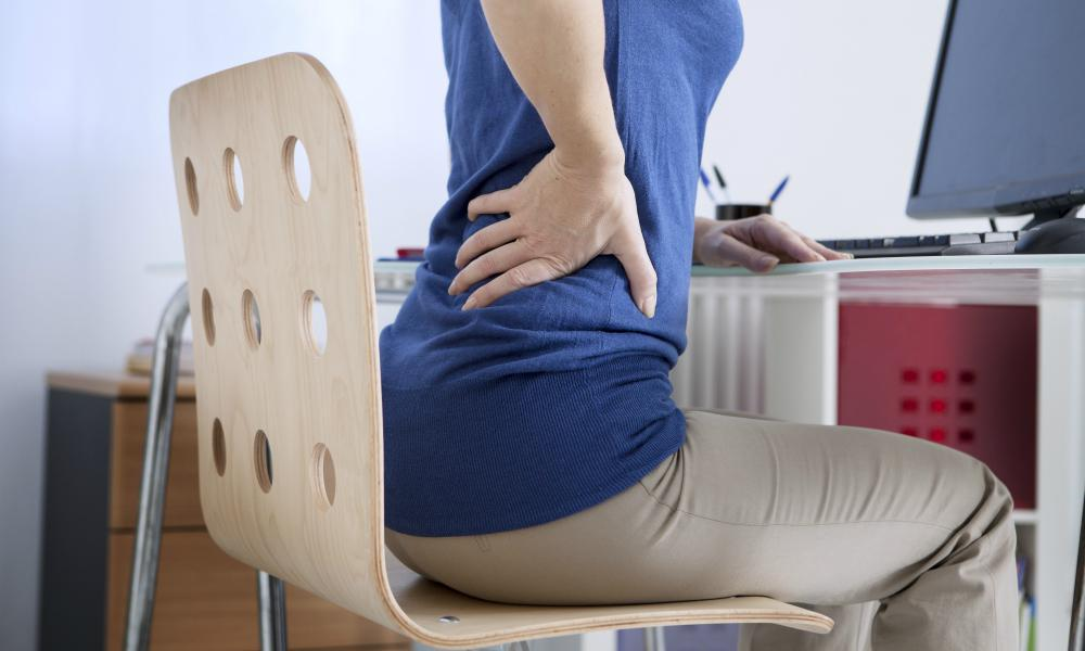 Important Posture Tips For Office Workers