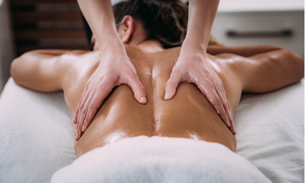 do-massages-help-treat-lower-back-pain